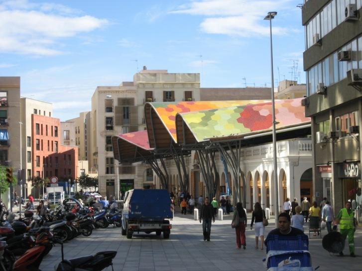 Le marché de Santa Caterina et son toit coloré