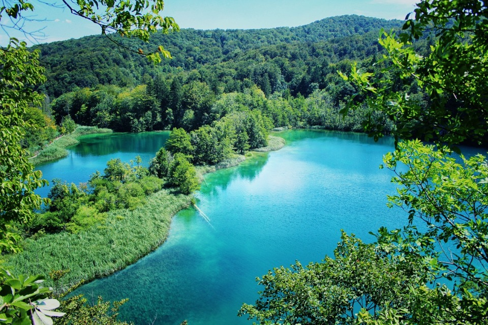 lake-1272663_1280