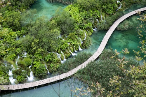 plitvice-lakes-national-park-5060754_1280